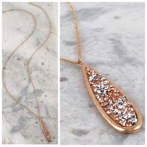 Jewelry - ✨SALE!✨5⭐️NEW! CHIC GLITTER STONE PENDANT NECKLACE